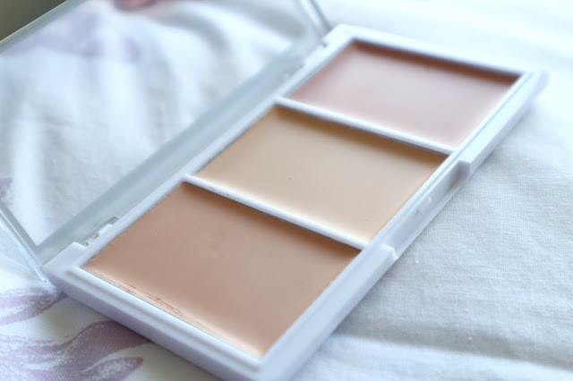 Perfume-Click-MUA-Conceal-Brighten-Kit-Review