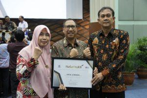 Berhasil Menata UMKM, Pemkot Cirebon Raih Penghargaan Natamukti