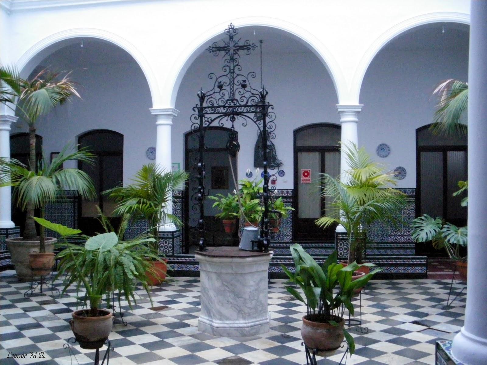San fernando ayer y hoy y otras historias patio del for Ver patios decorados