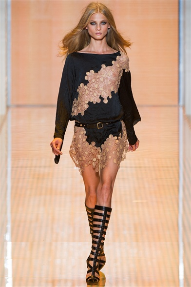 Versace Spring / Summer 2013 Ready-to-Wear Collection
