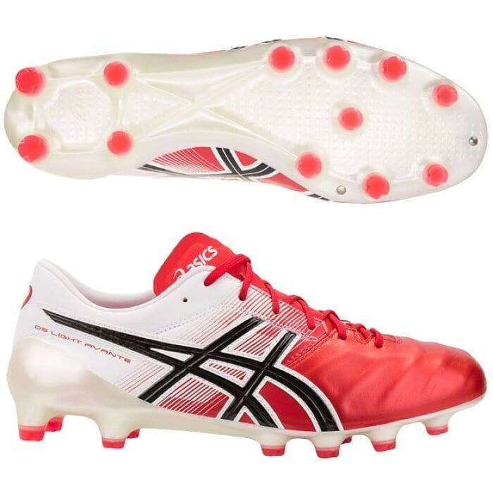 1759ea0fbc30 The Asics DS Light Avante football boot is available in two initials  colorways - White