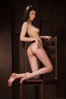hot chicks - Sexy Naked Girl Alice Noir - 4