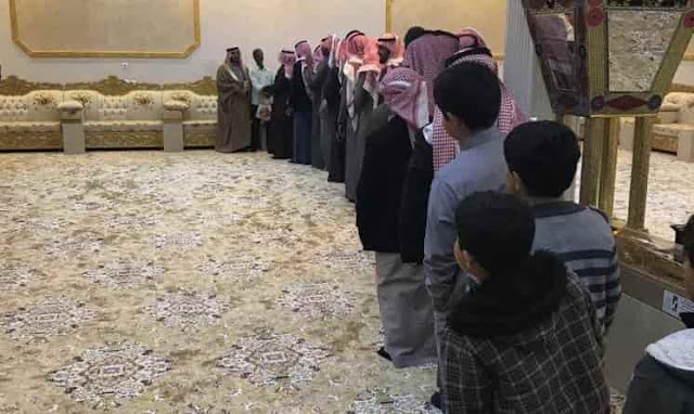 A SAUDI FAMILY GIVES WARM FAREWELL TO INDIAN DOMESTIC WORKER