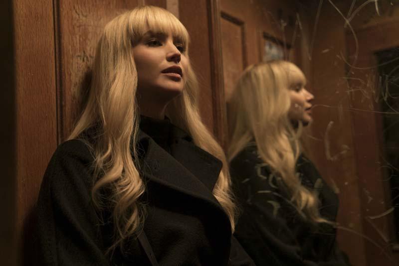 """2º trailer de """"Operação Red Sparrow"""" mostra Jennifer Lawrence como uma assassina implacável"""
