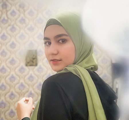 Nadhea Tanj Pakai Hijab