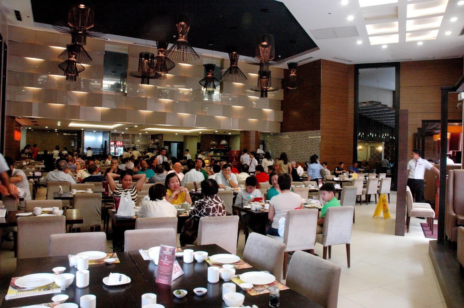Banquet Round Table Kitchen