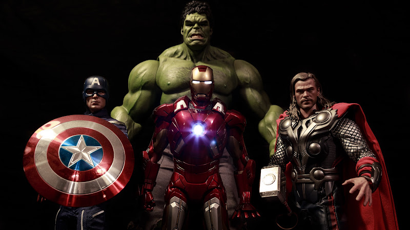 The Avengers: Captain America, Iron Man, Thor and Hulk HD