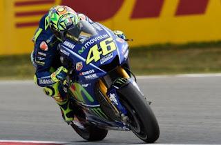 Rossi Juara MotoGP Assen Belanda 2017, Vinales Jatuh