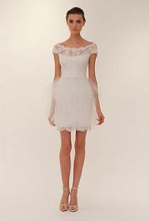 3 Você casaria de vestido curto?!?