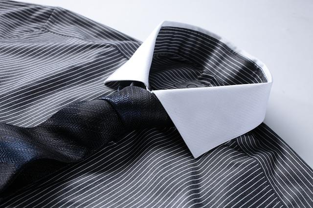Tips agar Baju Kusam Kembali Cemerlang