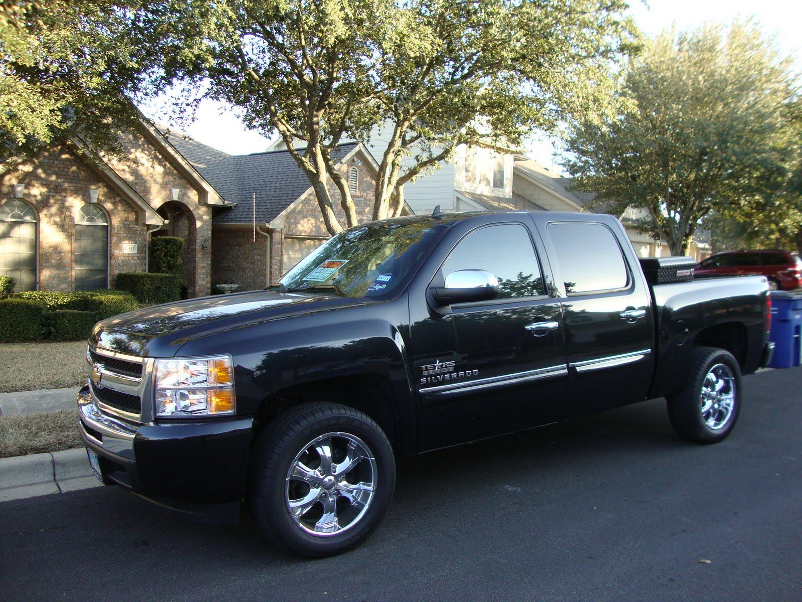the laroche family 2010 chevrolet texas edition truck for sale. Black Bedroom Furniture Sets. Home Design Ideas