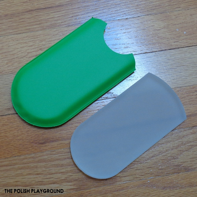 Aveniro Foot Scraper and Duo Glass Nail Files Review
