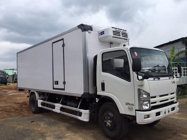 Xe fn129 8 tấn thùng đông lạnh
