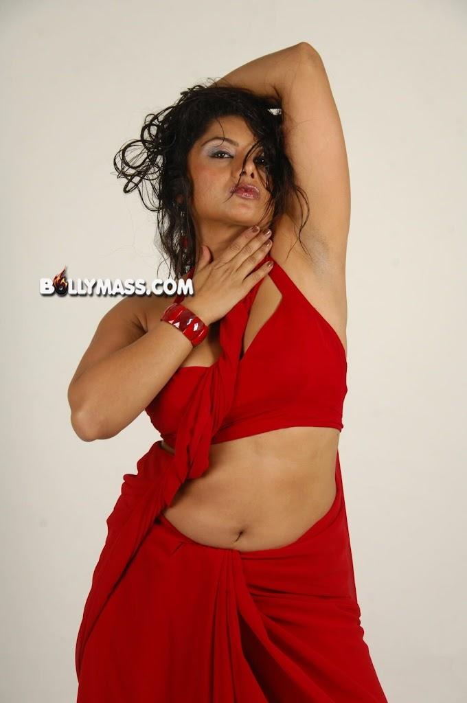 Desi Hot AUnty #AUnty