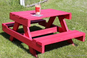 Beyond The Picket Fence Petite Pallet Picnic Table