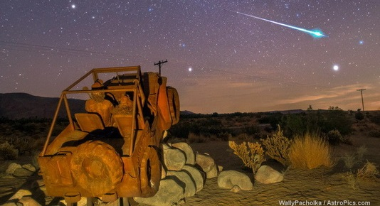 Geminid meteor seen over Jeep Sculpture in Anza Borrego Springs in California desert NE of San Diego. Credit: Wally Pacholka / AstroPics.com