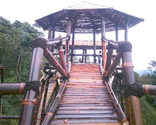 Tinuku Oemah Bamboo Coffee Konservasi bring hot coffee and tower installation for dramatic views Mount Merapi