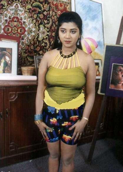 Hunting Actress Picture Of Sexy Mallu Masala Actress Devika-4765