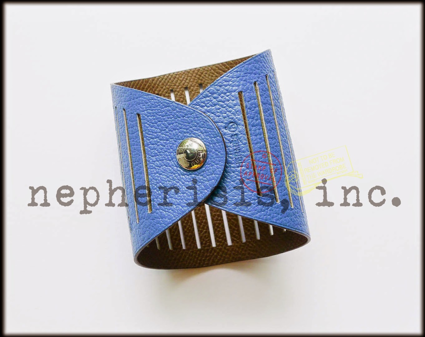 3c2f0a12abbc Hermès Petit H - Ajoure Reversible Leather Cuff