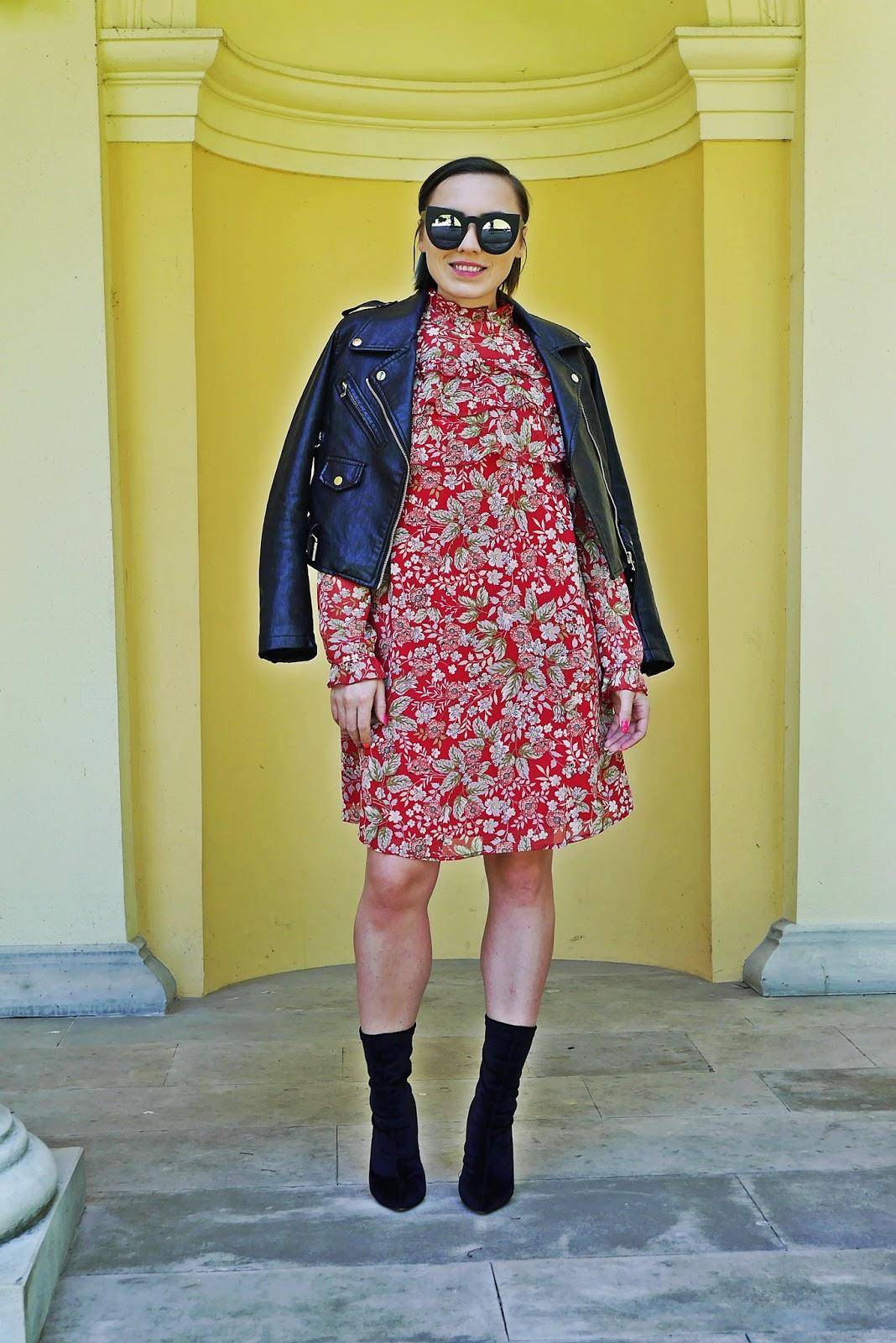 4_sukienka_falbanki_kwiaty_bonprix_skarpetkowe_botki_renee_karyn_blog-Modowy_140518