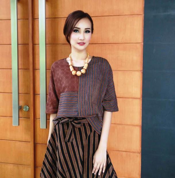 20 Baju Batik Wanita Terbaru Pictures And Ideas On Weric