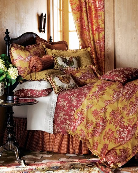 10 Design Ideas For Warm Bedding For Your Bedroom 3