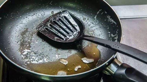 Những thói quen sai lầm trong nấu ăn khiến nguy cơ gây ung thư cao