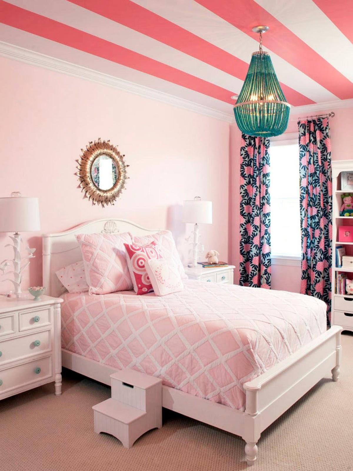 Referensi Desain Ruang Tamu Warna Pink Terbaik