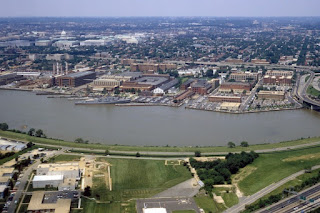 Washington Navy Yard aerial view in 1985 by David MacLean