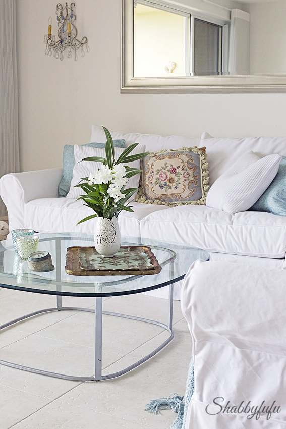 pottery barn white slipcovered sofas
