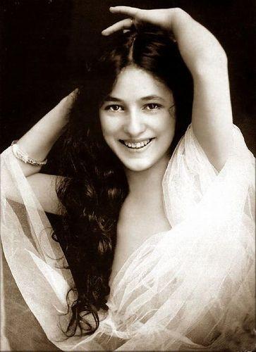 foto wanita paling cantik di dunia pada jaman dahulu