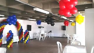 decoracion-con-globos-de-colores-lego-recreacionistas-medellin-2