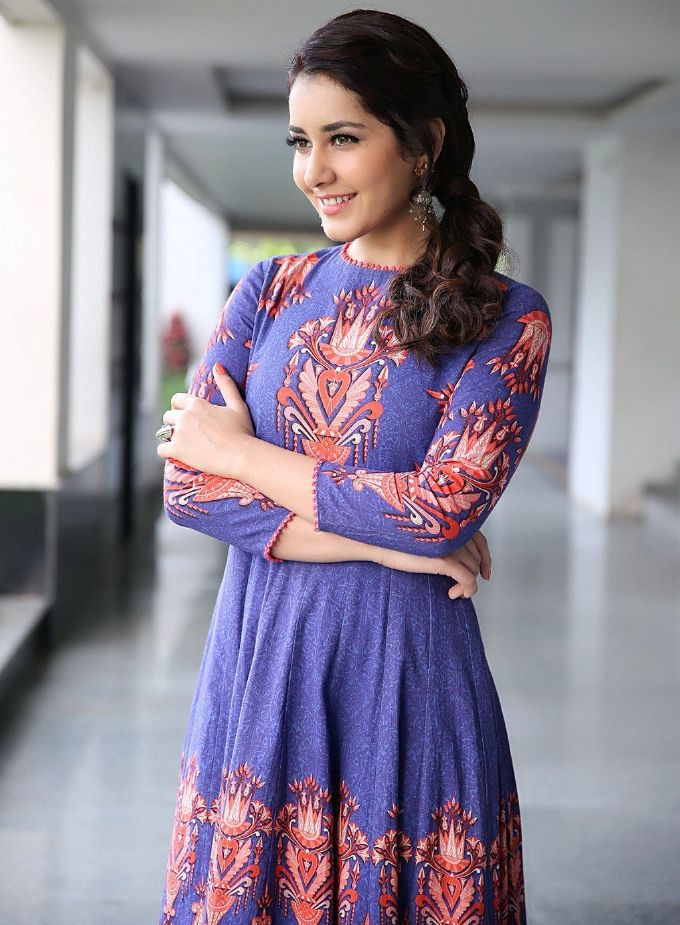 Tollywood Actress Rashi Khanna Spicy Photos In Blue Dress ❤