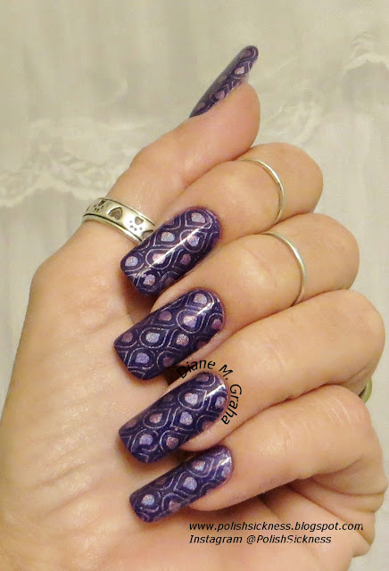 Color Club Halo Hues Eternal Beauty, Mundo de Unas Violet, Uber Chic UC 5-02 stamp
