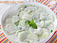 Cucumbers in Sour Creám