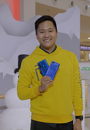 acer realme holiday promo