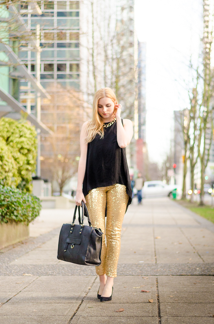 the urban umbrella style blog, vancouver style blog, vancouver fashion blog, vancouver lifestyle blog, vancouver health blog, vancouver fitness blog, vancouver travel blog, canadian fashion blog, canadian style blog, canadian lifestyle blog, canadian health blog, canadian fitness blog, canadian travel blog, bree aylwin, how to style sequin leggings, gold sequin leggings, new years eve style, new years eve fashion, what to wear on nye, festive fashion, best fashion blogs, best style blogs, best lifestyle blogs, best fitness blogs, best health blogs, best travel blogs, top fashion blogs, top style blogs, top lifestyle blogs, top fitness blogs, top health blogs, top travel blogs