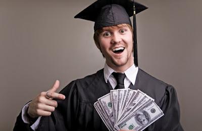 9 Tips Cara Agar Sukses Kuliah Sambil Kerja