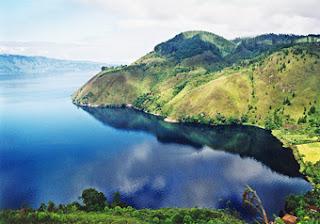 pesona-wisata-alam-danau-toba-pulau-samosir