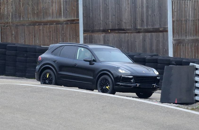 2018 Porsche Cayenne Coupe Spy Shots Turbo Interior Release Date