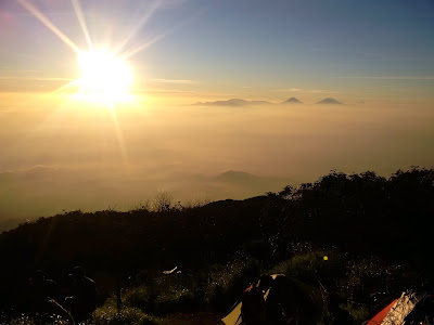 Sunrise gunung slamet