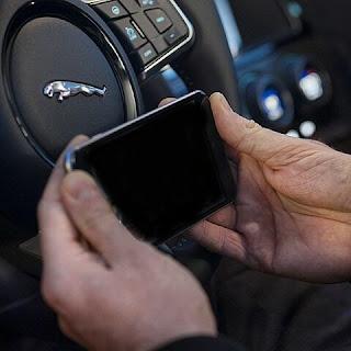 tanda-kecanduan-smartphone