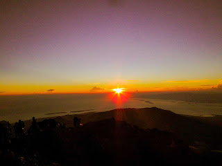 sunrise on rinjani