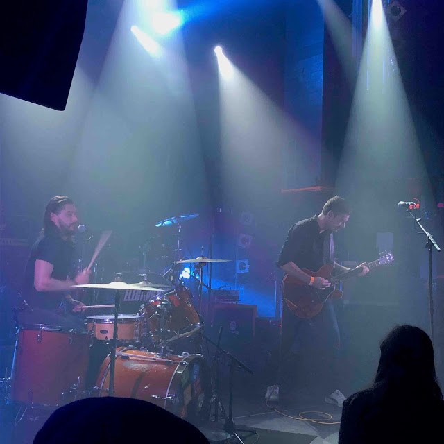 Electric Six donnait hier son concert au Petit Bain à Paris avec en guest Blackfeet Revolution