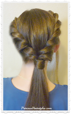 Cute and easy double twist ponytail hairstyles. #backtoschoolhairstyles