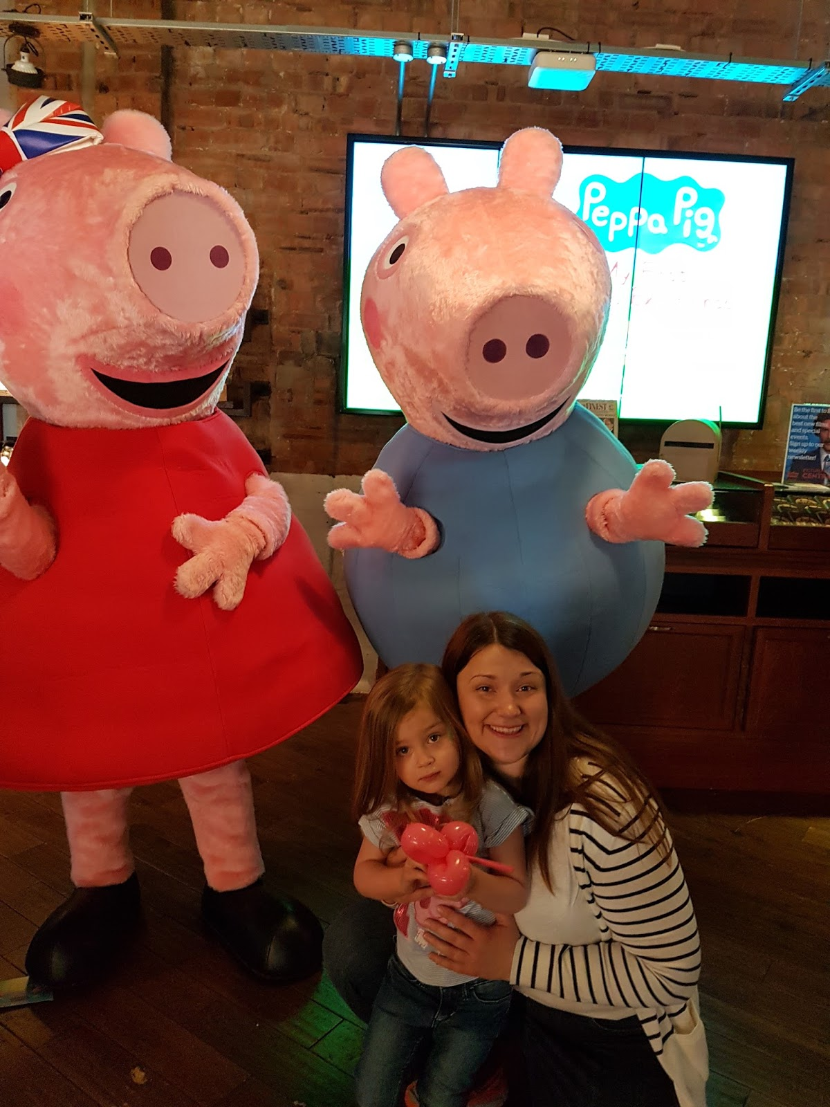 Peppa Pig: My First Cinema Experience review: mum and daughter at the premiere