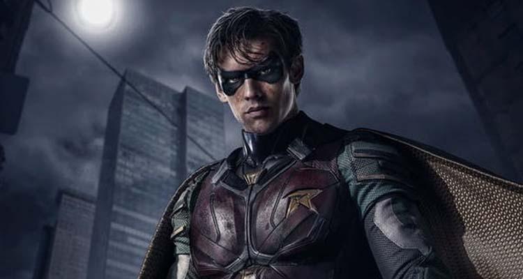 Robin en el trailer de Titans