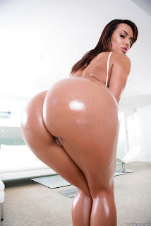 Big butts latino nude women
