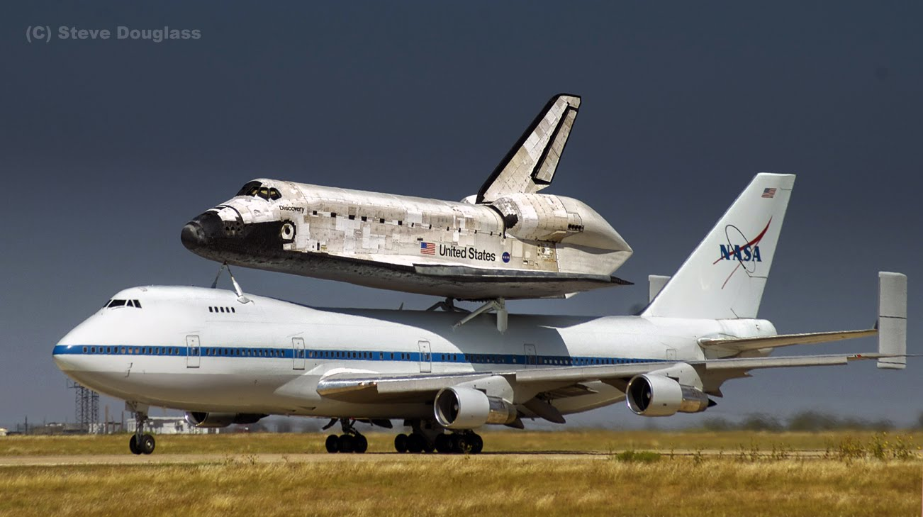 space shuttle flying - photo #29