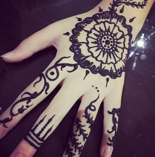Henna Yang Mudah Ditiru Makedes Com